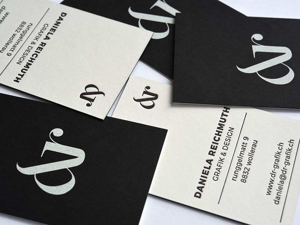 Duplex, geprägtes Logo, Letterpress und Siebdruck